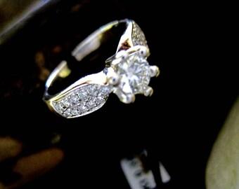 18 kt Gold Diamond Solitaire