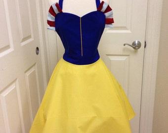 Plus- Snow White apron dress
