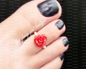 Rose Toe Ring, Rose Ring, Coral Rose Toe Ring, Coral Rose Ring, Coral Rose Bead, Cream Beads, Toe Ring, Ring, Stretch Bead Toe Ring