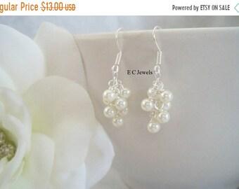 SHOP SALE Dainty Pearl Cluster Earrings