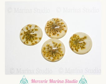 Dried flowers 25mm resin cabochon