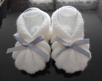 White baby booties with Grey Ribbon