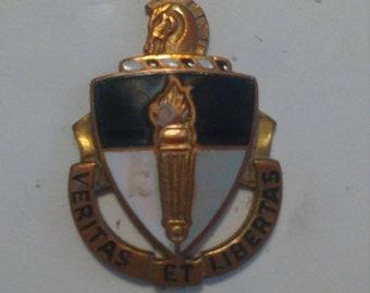 3 Day Spring Clearance Vintage Vietnam War US Special Warfare School Unit Crest Insignia