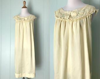 1960s Barbizon Pale Yellow Babydoll Nightgown | 60s Pastel Lace Collar Ruffle Trim Housedress | Vintage Floral Applique Keyhole Lingerie