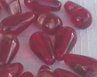 VINTAGE Czech glass beads. RUBY red aventurina TEARDROP 14mm