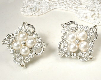 PRISTINE White Ivory Pearl Rhinestone Bridal Earrings,Vintage Art Deco Pave Crystal 1920s Wedding Earrings Silver Pearl Cluster Clip On Back