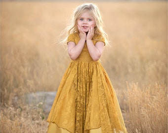 Maggie Gown •Girls Lace Dress • Girls Short Sleeve Dress • Girls Princes Dress • Flower Girl Dress • Girls Holiday Dress •Size 18m to 12