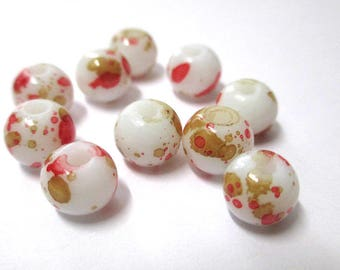 10 white speckled Brown and red glass beads 8mm (H-9)