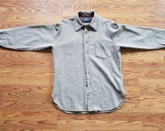 Pendleton Vintage 70's Men's 100% Wool Button Down Long Sleeve Shirt Made in USA Large