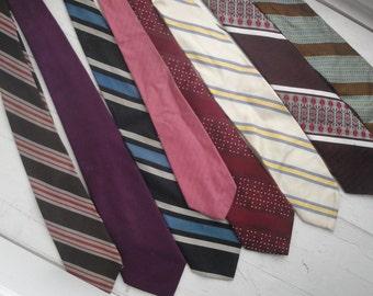 Mens Vintage Necktie Stripes Polyester set of 8