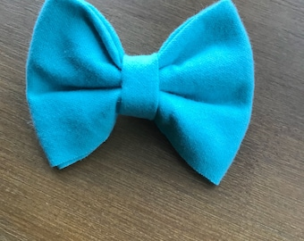 Robins egg blue girl/baby/toddler bow
