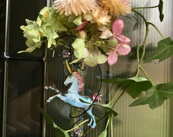 Unicorn/Window Vase/Suction Vase/BudVase/oil defuser/Mythical Decor/Home Decor/ Fairy Decor/Whimsical Vase/VasePlace