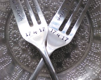Pair of Cake Forks With Your Own Words - Hand Stamped Forks - Vintage Forks - Wedding - Personalised - Couples gift - Custom Cutlery