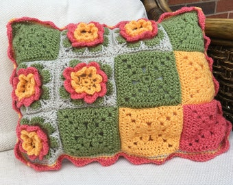 Marguerite - the pretty floral crochet cushion kit