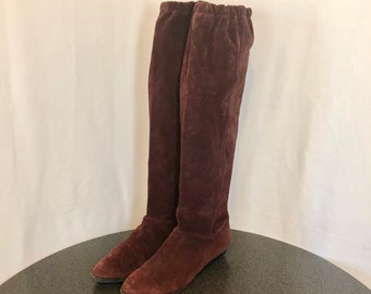 Sz 8 VintageTall Maroon Genuine Suede/Leather 1980s Women Knee High Pull On Slouch Boots.