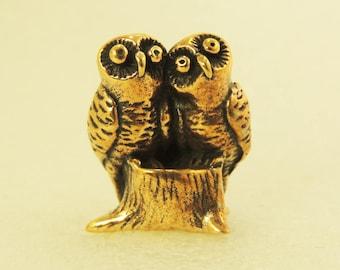 Figurine A Couple Of Owls On A Stump