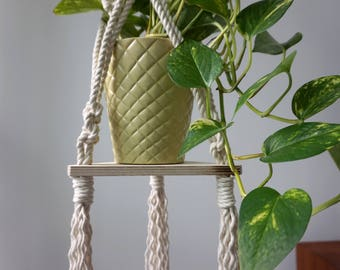 Macrame Plant Hanger for Medium Plant