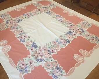 Vintage Cotton Tablecloth, 1950's Prints Charming Pattern, 46 x 54  rectangle
