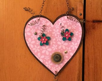 Valentine's Day gift - Heart ornament - Funky heart-shaped face - Embossed metal ornament - Gift for loved-one - Gift for friend
