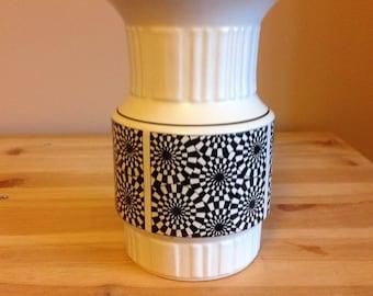 Black and white vase.