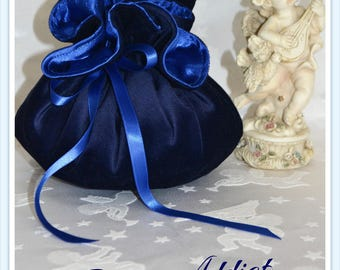 Pouch lined with satin Navy Blue Velvet and satin ribbon