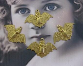 Natural Raw Brass Small Bat Charms  2135RAW x2