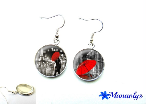 Lovers in the Red umbrella, 1897 glass cabochons earrings