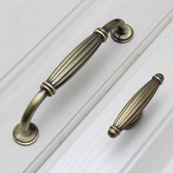 Dresser Pull Asa cajón tira Manijas perillas bronce antiguo ...