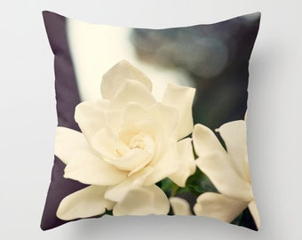 flower photography pillow cover, white home decor, decorative throw pillow, nature photograph, gardenia photo