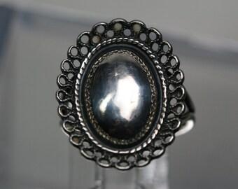 Vintage Beau Sterling Ring - Adjustable setting