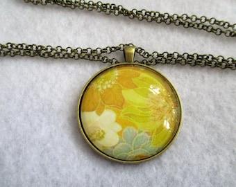 SALE SaleSaleSale * Pretty Retro FLOWER Fabric Print Cabochon PENDANT Necklace