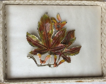 Lovely Vintage EXQUISITE Sycamore Tree Series Brooch