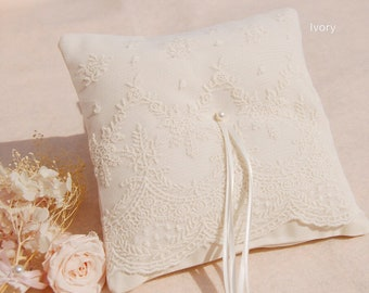 Cute lace Wedding ring pillow.Ivory Cotton ring pillow,lace ring bearer pillow,wedding gift ,wedding Accessories. wedding ring pillow