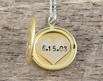 Wedding Date Necklace, Personalized Locket Necklace, Bridesmaid Gift, Heart Locket Pendant, Gift for Bride, Custom Date Necklace