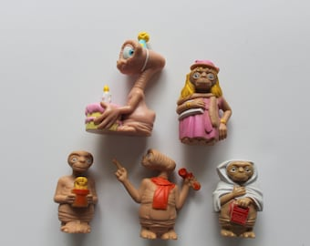 Vintage Set of 5 E.T. Extra Terrestrial PVC Toy Figures 1982
