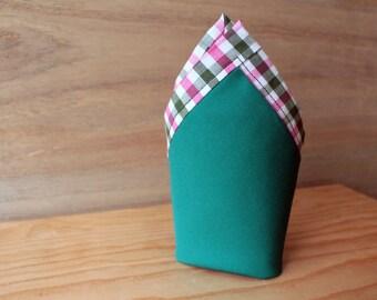 Pañuelo de bolsillo-Verde y Rosa. Pañuelo de bolsillo hecho a mano con tela de algodón de gran calidad.