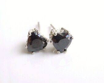 Cubic Zirconia Heart Earrings Sterling Silver 6mm