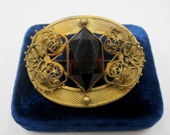 Large Victorian filgree brooch/pin rhinestone gold on brass