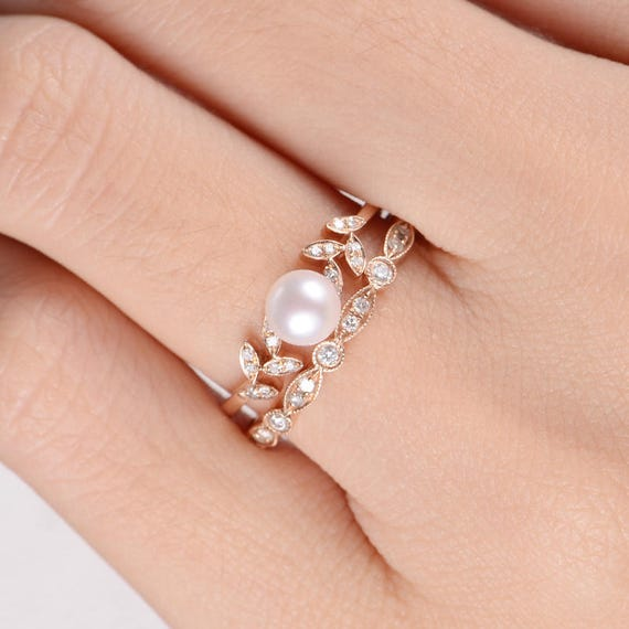 Pearl Wedding Ring: Pearl Rose Gold Engagement Ring Set Flower Bridal Ring Diamond