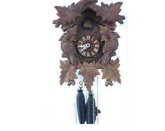 Vintage Black forest german mechanical cuckoo clock. Working.