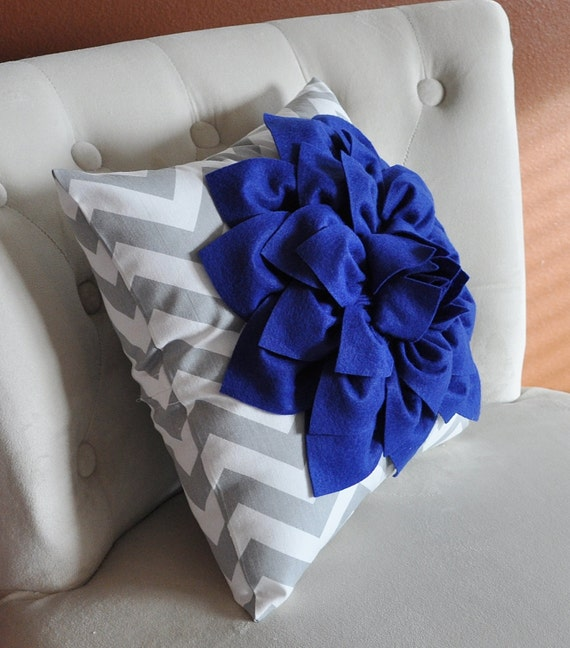 royal blue dahlia on gray and white zigzag pillow chevron. Black Bedroom Furniture Sets. Home Design Ideas