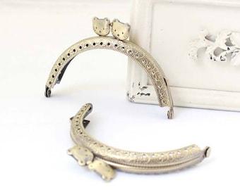 Cute Cat Pattern Bronze Kisslock Frame Hoop w/ Holes, Handle w / Metal Bow, 8.5 cm Width, 1 PCS