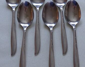 Duchess Flatware 6 Stainless Soup Spoons, Unknown Pattern swirls