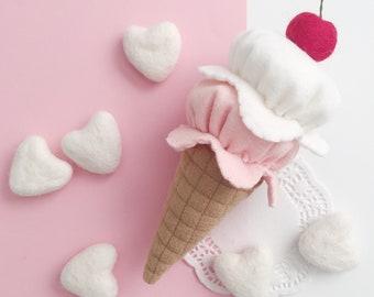 Pretend Play Felt Food Ice Cream, Strawberries and Cream, Play Kitchen, Ice Cream Shop, Early Learning, Preschool, Montessori Learning