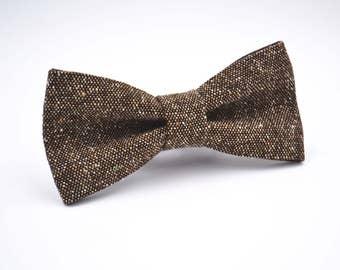 Bowtie in Brown Tweed, Brown Wool, Mens Brown Bow Tie, Rustic Wedding Bow tie, Groomsmen Bow Tie, Wedding Bow Ties