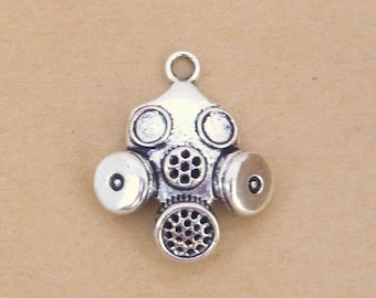 Silver 35mmx26mm steampunk gas mask charm pendant