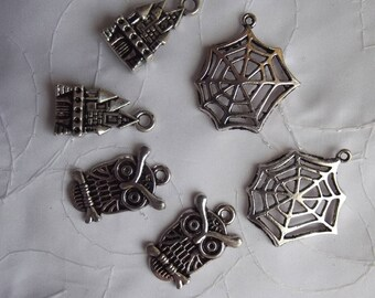 LOT 6 GOTHIC METAL CHARMS SILVER