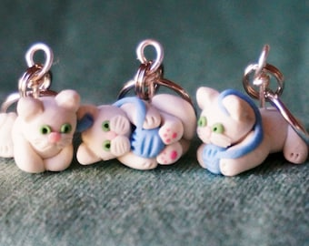 White Kitty Cat Polymer Clay Stitch Markers set of 4 Miniature Sculpted Kitten Animal Knit, Crochet Accessories