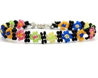 Girls Daisy Chain Bracelet - Multi Colored Bracelet - Children's Jewelry - Flower Bracelet - Seed Bead Bracelet - Child's Bracelet