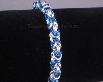 Silver and Blue Byzantine Chainmaille Bracelet silver tone toggle clasp chainmail Medieval Renaissance chain maille